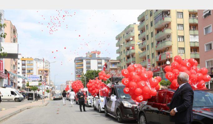 Erdemli'de Binlerce Balon Dünya Çocuları İçin Gökyüzünde