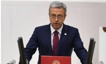 Cumhuriyet Halk Partisi Mersin Milletvekili Alpay Antmen, 23 Nisan Ulusal Egemenlik ve Çocuk Bayramı'nın 100. Yılında yazılı bir basın açıklaması yaptı