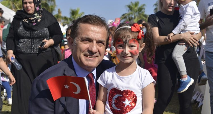 Başkan Özyiğit, çocuklara seslendi