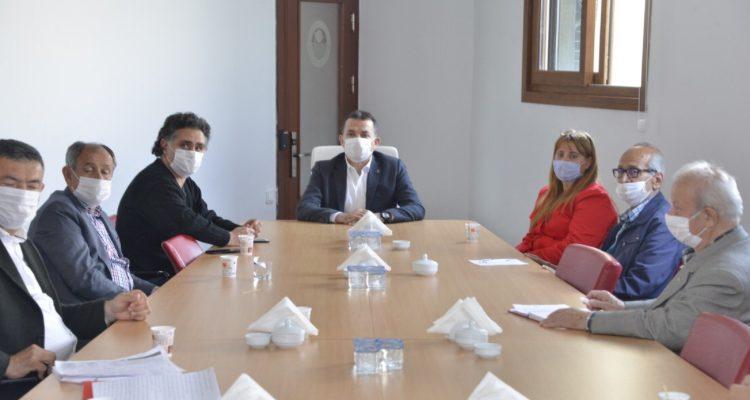 Yenişehir'de Belediye- muhtar işbirliği Yenişehir Belediyesi muhtarlarla işbirliği içinde çalışıyor