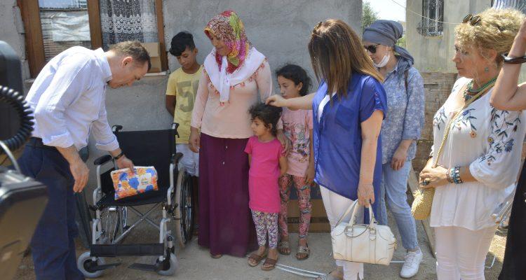 Yenişehir Belediyesinden engelli bireylere tekerlekli sandalye
