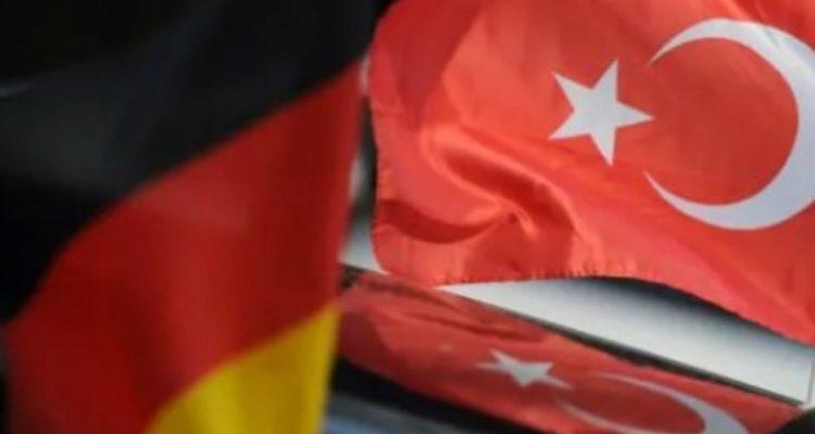 Türkiye'ye seyahat yasağı ile ilgili flaş gelişme