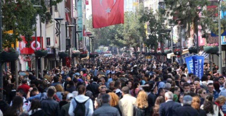 Türkiye'de artık çalışanlardan çok işsiz var!