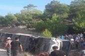 Mersin'de askerleri taşıyan otobüs devrildi: 5 şehit, 27 yaralı