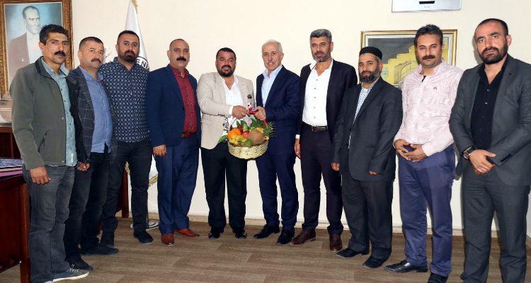 """""""MERSİN PAZARCILAR ESNAF ODASI'NDAN, BAŞKAN GÜLTAK'A TEŞEKKÜR"""""""
